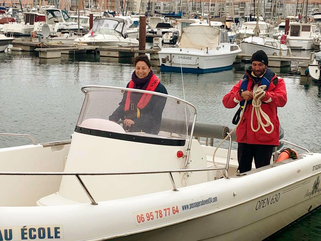 Moniteur permis bateau